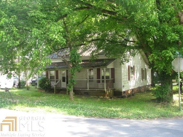 54 Montgomery St, Summerville, GA 30747 (MLS #8582257) :: Team Cozart