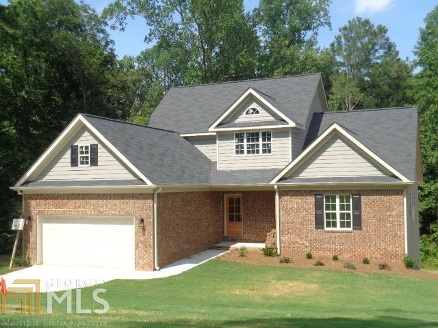2102 Summit Ct, Loganville, GA 30052 (MLS #8586210) :: Rettro Group
