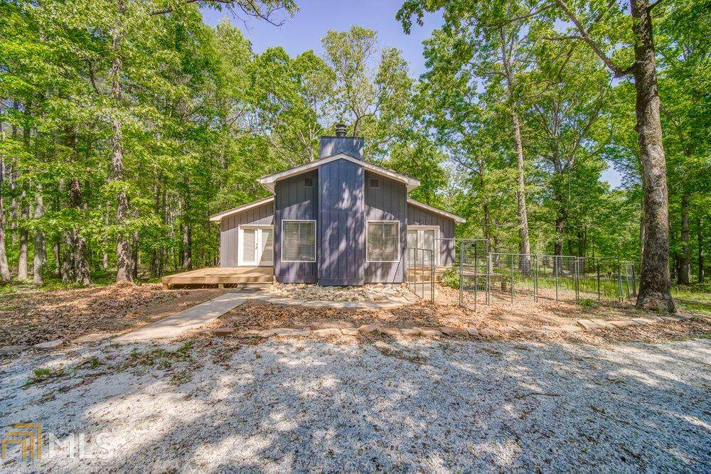 2055 Bailey Creek Rd - Photo 1