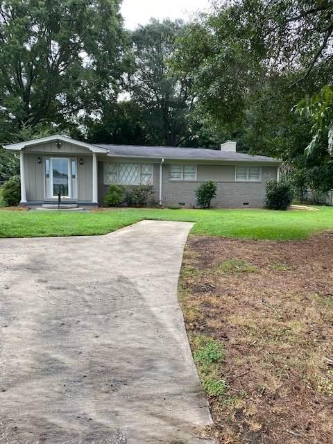 2545 Barnett Shoals Rd, Athens, GA 30605 (MLS #8872686) :: Tim Stout and Associates