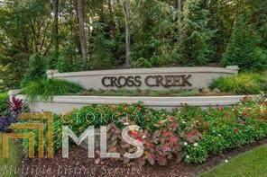 124 Woodmere Sq, Atlanta, GA 30327 (MLS #8878075) :: Crown Realty Group