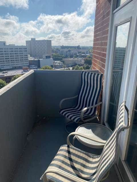 375 NE Ralph Mcgill Blvd #1404, Atlanta, GA 30312 (MLS #8879678) :: Athens Georgia Homes
