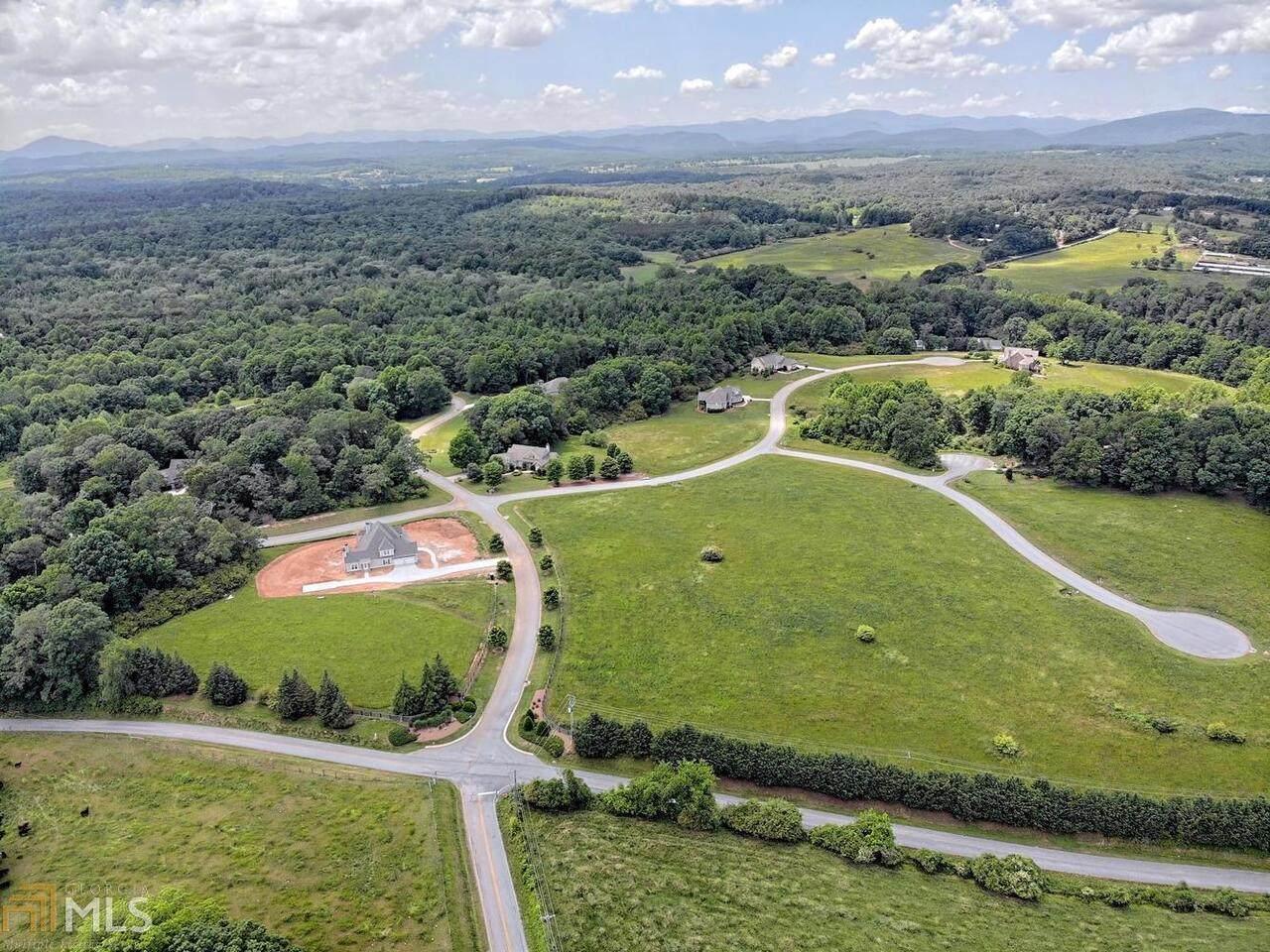 16 Rockford Farm Drive - Photo 1