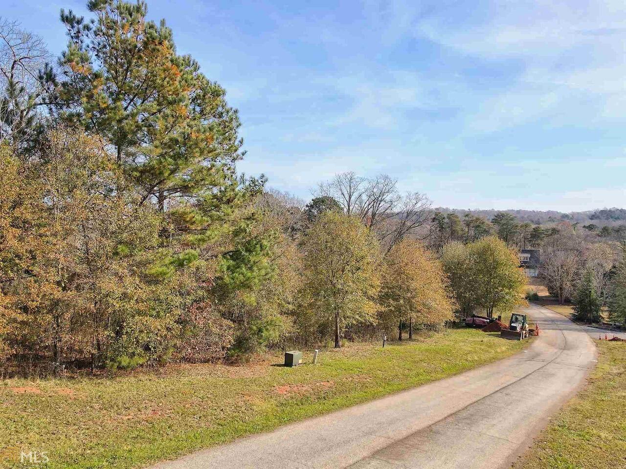 260 Edgewater Trail - Photo 1