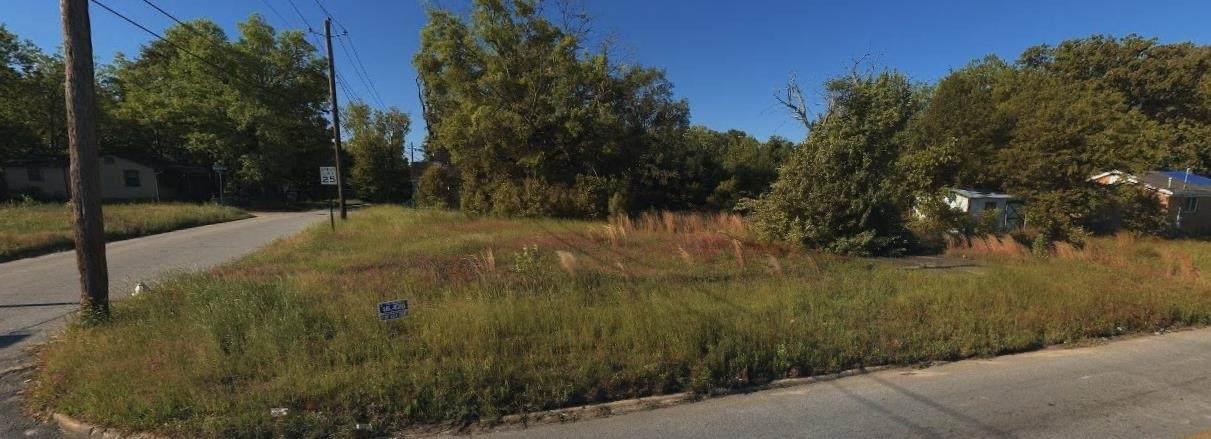 2990 Hillcrest Avenue - Photo 1