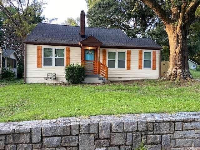 1547 Venetian Drive SW, Atlanta, GA 30311 (MLS #9030335) :: The Realty Queen & Team