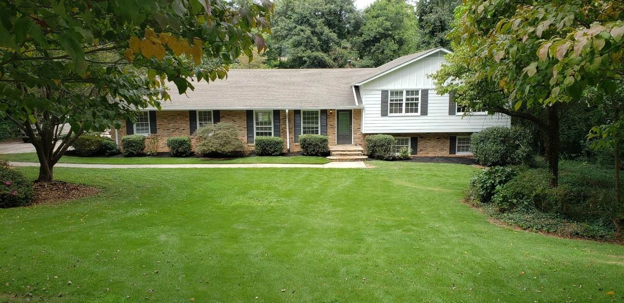 528 Chestnut Hill Road - Photo 1