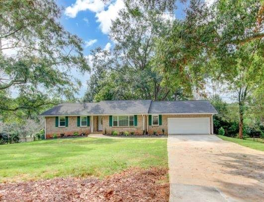5004 Pineview Terrace, Fayetteville, GA 30214 (MLS #9059602) :: EXIT Realty Lake Country
