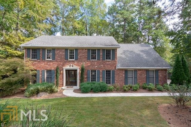 2720 Country Ln, Marietta, GA 30062 (MLS #8415012) :: Keller Williams Realty Atlanta Partners