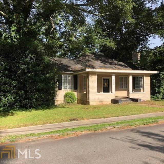 303 Johnson St, Hogansville, GA 30230 (MLS #8836550) :: Tim Stout and Associates