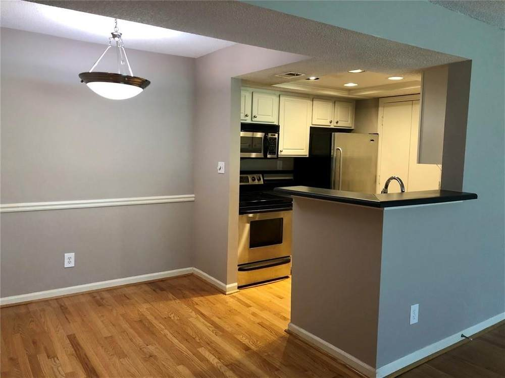 1021 Chastain Park Ct - Photo 1