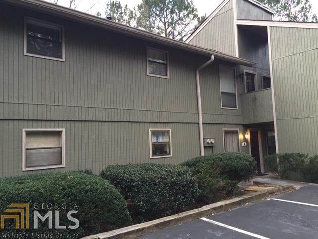 6242 Overlook Rd, Peachtree Corners, GA 30092 (MLS #8862106) :: Tim Stout and Associates