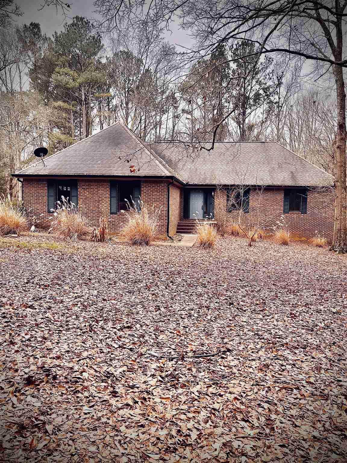 3141 Jonesboro Rd - Photo 1