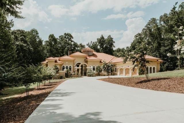 1608 Golden Creek Court, Conyers, GA 30094 (MLS #8888370) :: Houska Realty Group
