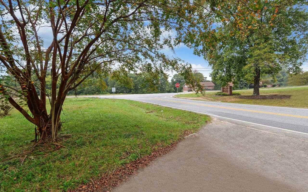 28 Memorial Drive - Photo 1