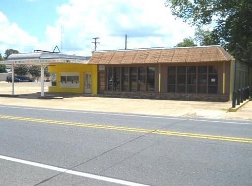 832 Main Street, PINEVILLE, LA 71360 (MLS #145990) :: The Trish Leleux Group
