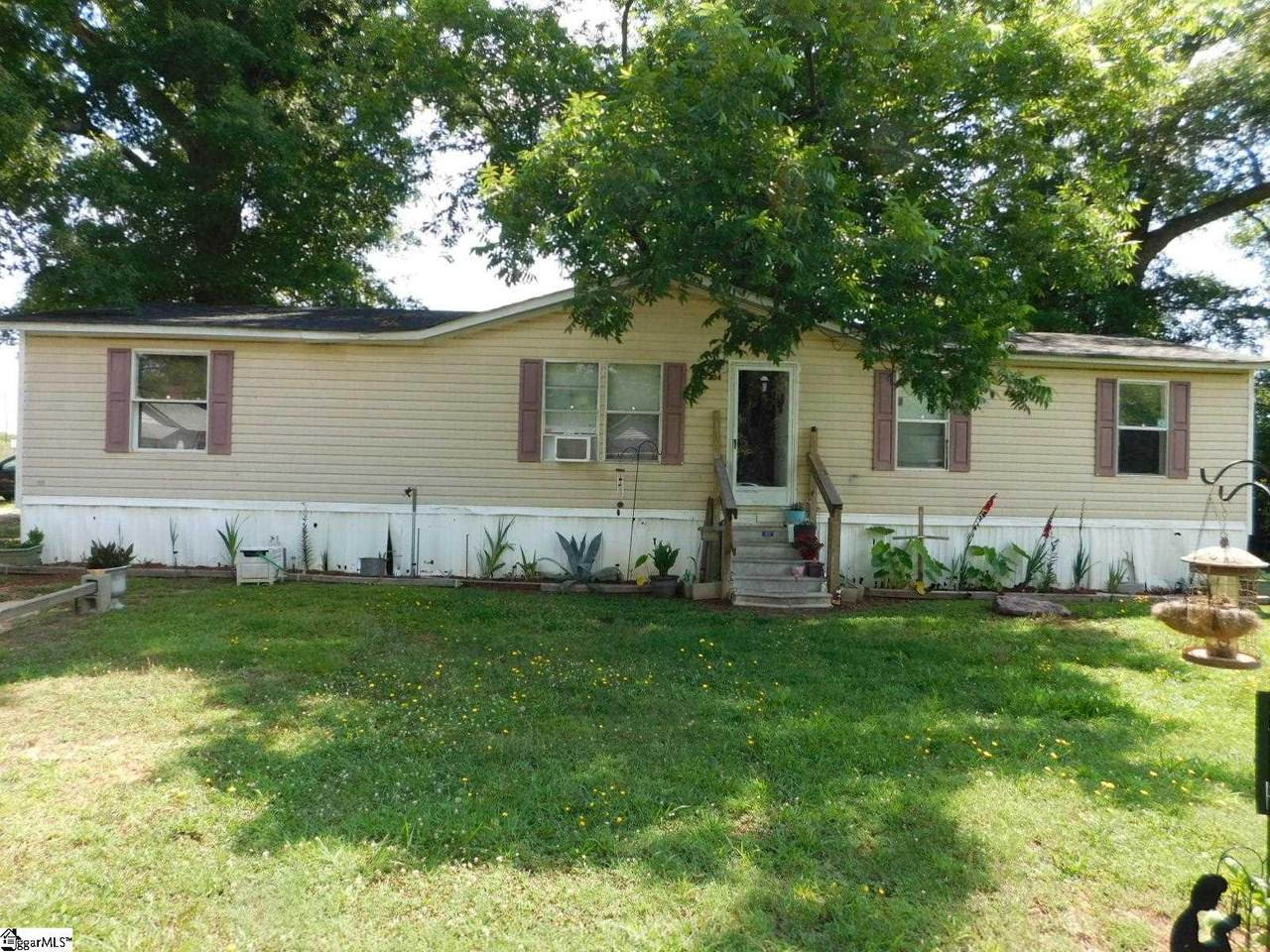 204 Moultrie Street - Photo 1