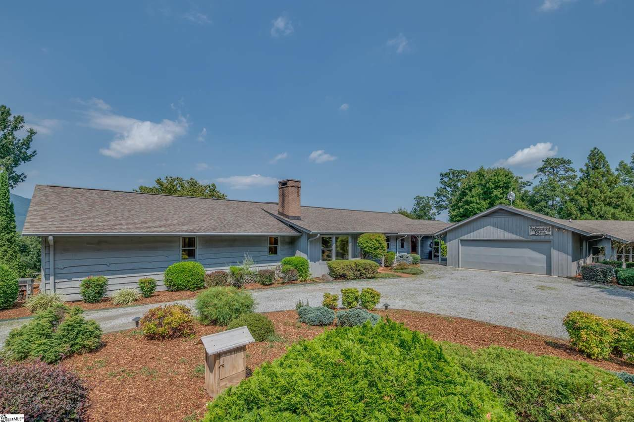888 Country Club Road - Photo 1