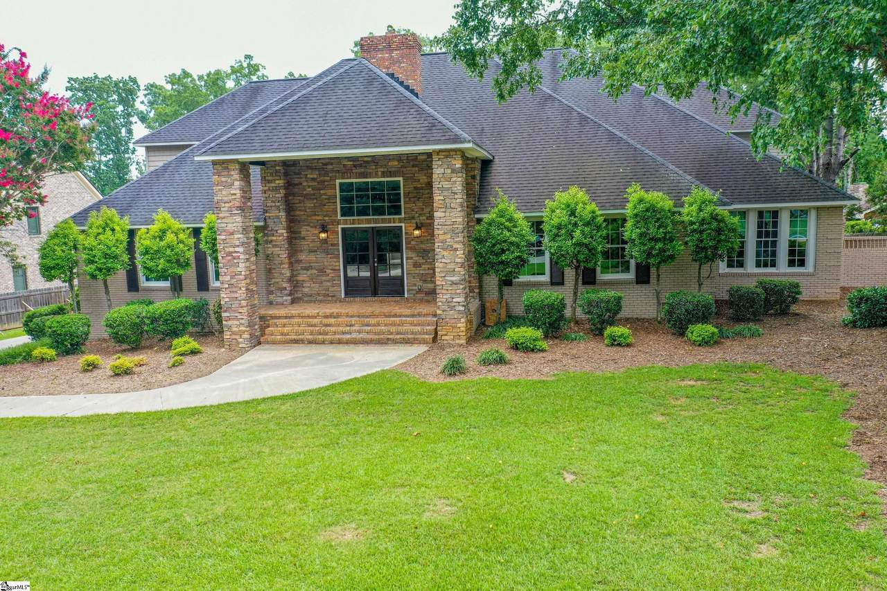 6 Country Squire Court - Photo 1