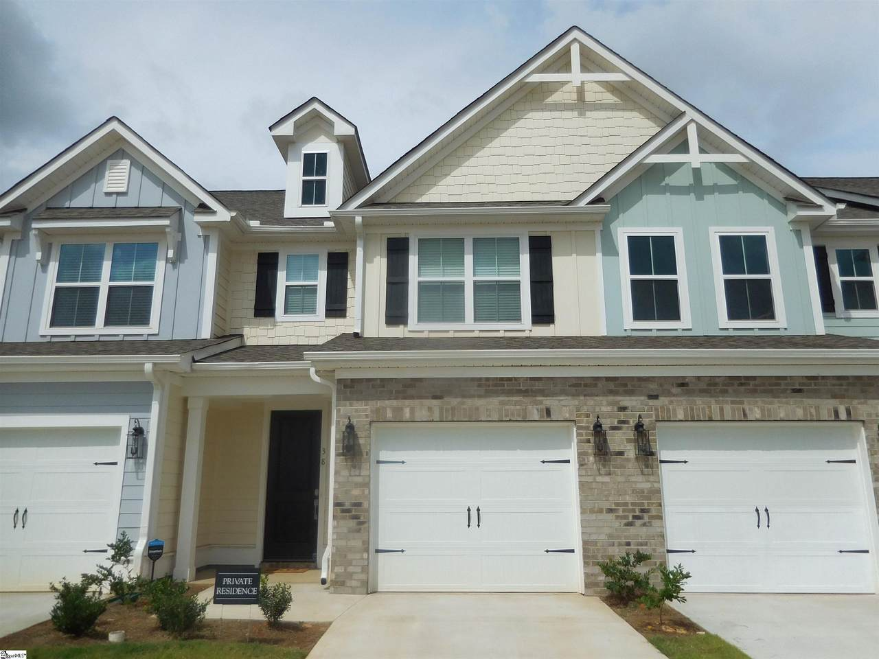 38 Red Horse Way - Photo 1