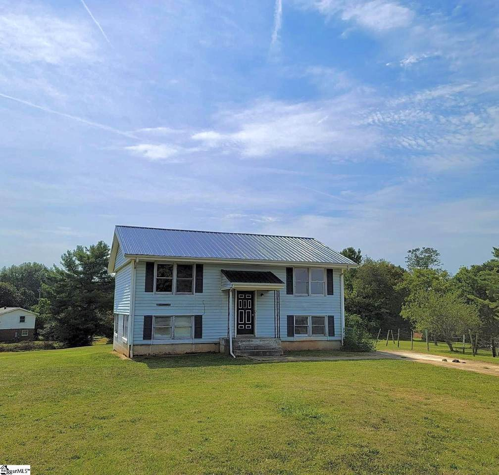 100 Holly Hill Drive - Photo 1