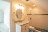 6 Country Squire Court - Photo 18