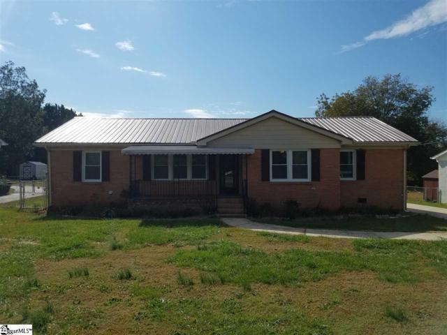 1519 W Parker Road, Greenville, SC 29617 (#1355523) :: The Toates Team