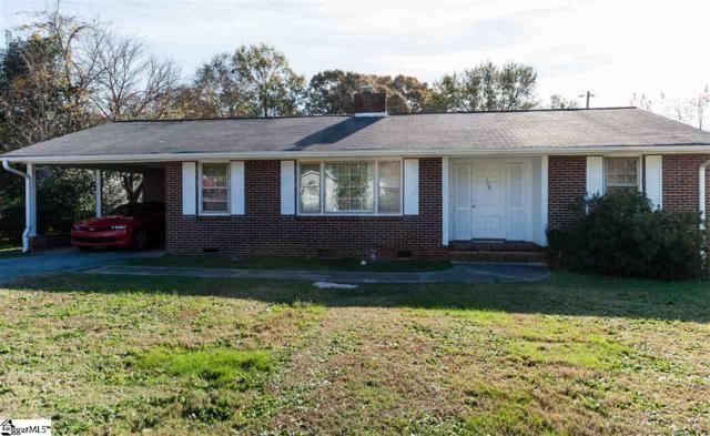 559 Glenwood Drive, Spartanburg, SC 29303 (#1357173) :: Carrington Real Estate Services
