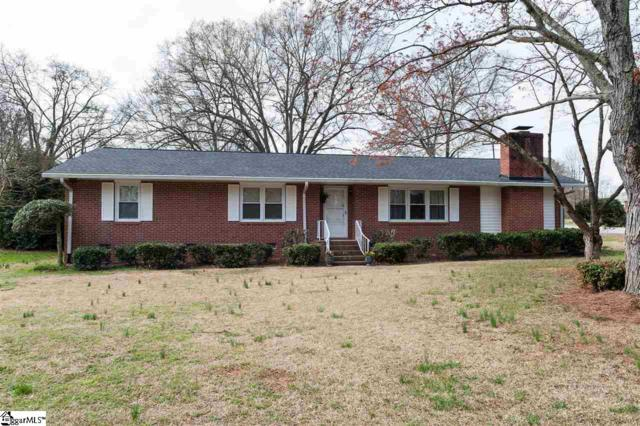 130 Cloverdale Drive, Boiling Springs, SC 29316 (#1363393) :: The Toates Team