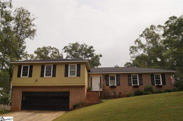 117 E Woodburn Drive, Taylors, SC 29687 (#1363518) :: Coldwell Banker Caine