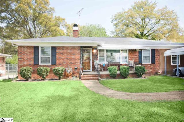 15 Brownwood Drive, Greenville, SC 29611 (#1365407) :: The Toates Team