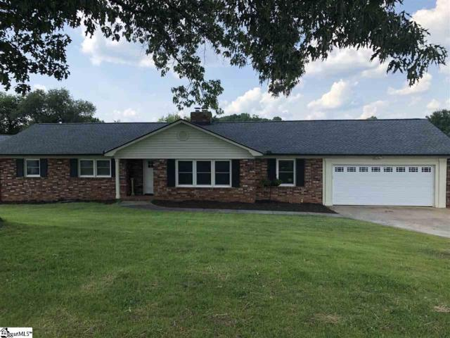 2 Coachman Drive, Taylors, SC 29687 (#1369526) :: The Toates Team