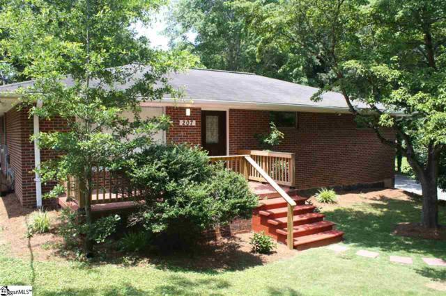 207 Ellington Drive, Spartanburg, SC 29301 (#1370343) :: J. Michael Manley Team