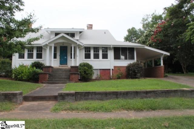 401 E A Avenue, Easley, SC 29640 (#1372426) :: The Toates Team