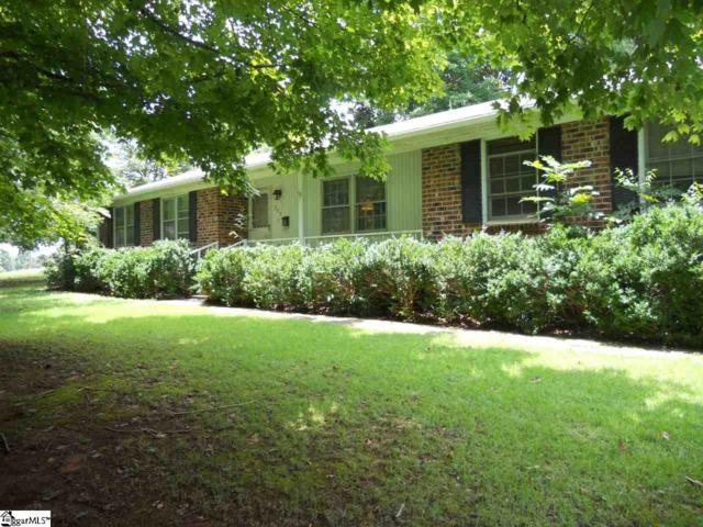 207 Lakewood Circle, Greer, SC 29651 (#1372435) :: Coldwell Banker Caine