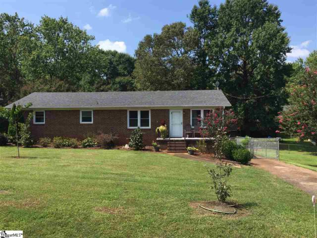 4 Rhonda Court, Greenville, SC 29617 (#1375242) :: Coldwell Banker Caine