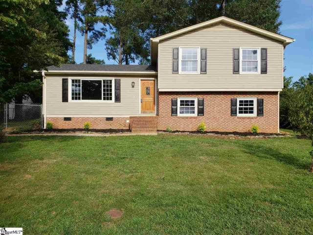 204 Willowtree Drive, Simpsonville, SC 29680 (#1375956) :: The Toates Team