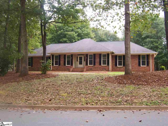 235 Bent Oak Way, Spartanburg, SC 29301 (#1376350) :: J. Michael Manley Team