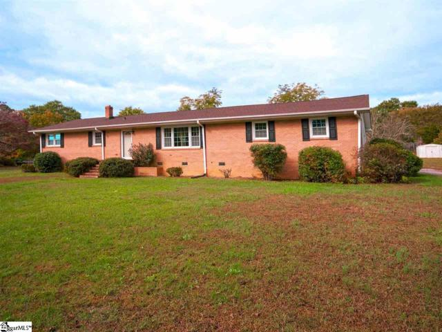 102 N Dale Drive, Easley, SC 29640 (#1379459) :: Coldwell Banker Caine