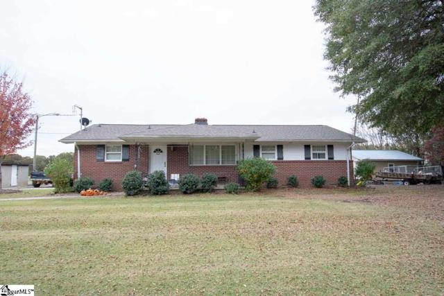 200 Hunts Bridge Road, Fountain Inn, SC 29644 (#1381294) :: Connie Rice and Partners