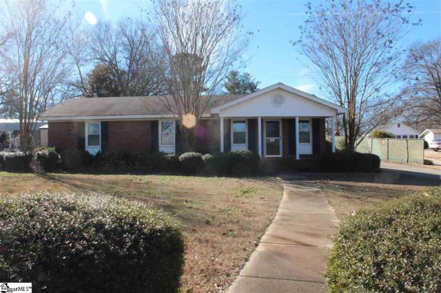 703 N Main Street, Fountain Inn, SC 29644 (#1382942) :: The Robby Brady Team