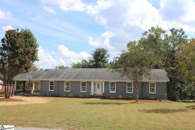 322 Lowndes Drive, Spartanburg, SC 29307 (#1383698) :: J. Michael Manley Team