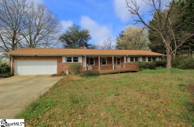 108 Old Hickory Point, Greenville, SC 29607 (#1386728) :: J. Michael Manley Team