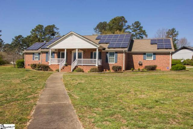 112 Oak Knoll Terrace, Anderson, SC 29625 (#1388215) :: The Haro Group of Keller Williams