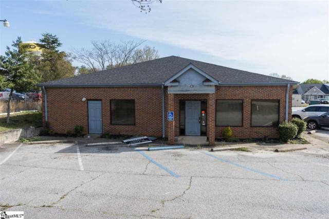 404 Memorial Drive Extension, Greer, SC 29651 (#1389674) :: J. Michael Manley Team