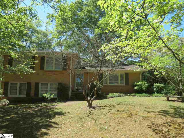 37 Pine Knoll Drive, Greenville, SC 29609 (#1390534) :: J. Michael Manley Team