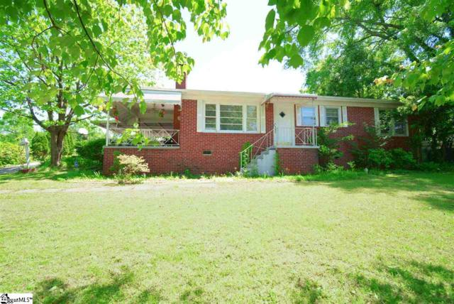 120 Tanglewood Drive, Greenville, SC 29611 (#1390923) :: Coldwell Banker Caine