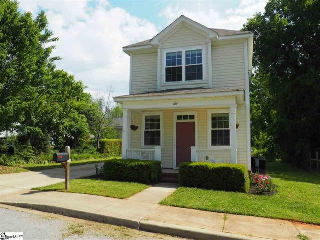 104 Lincoln Street, Greenville, SC 29601 (#1391603) :: J. Michael Manley Team