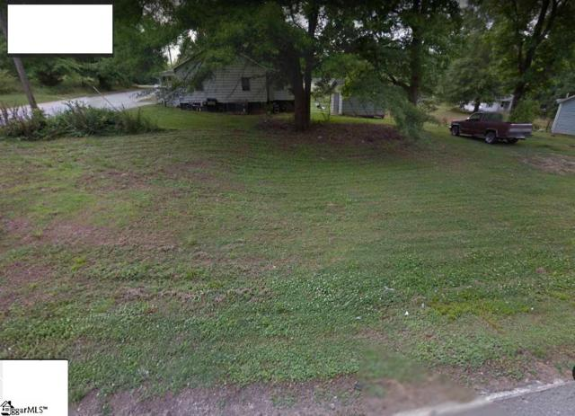 708 Gist Street, Woodruff, SC 29388 (#1391814) :: J. Michael Manley Team