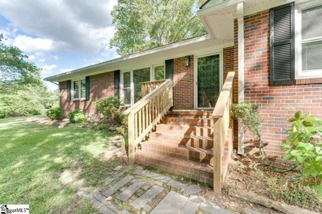 214 Woodvale Avenue, Fountain Inn, SC 29644 (#1392188) :: J. Michael Manley Team